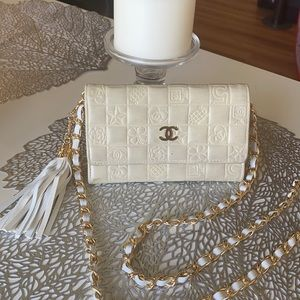 Authentic Chanel Flap Wallet/crossbody✨💕